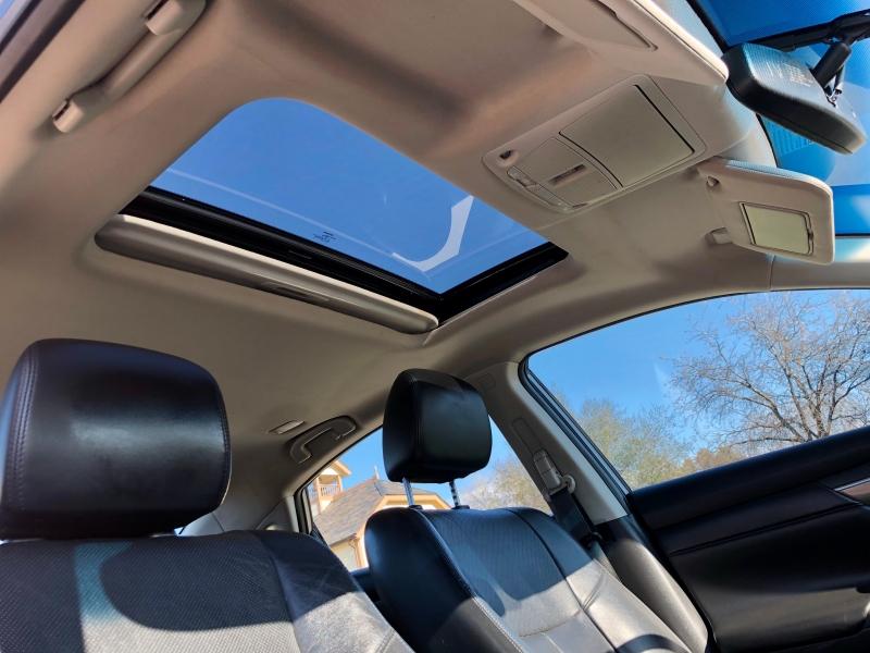 Nissan Altima 2015 price $10,745