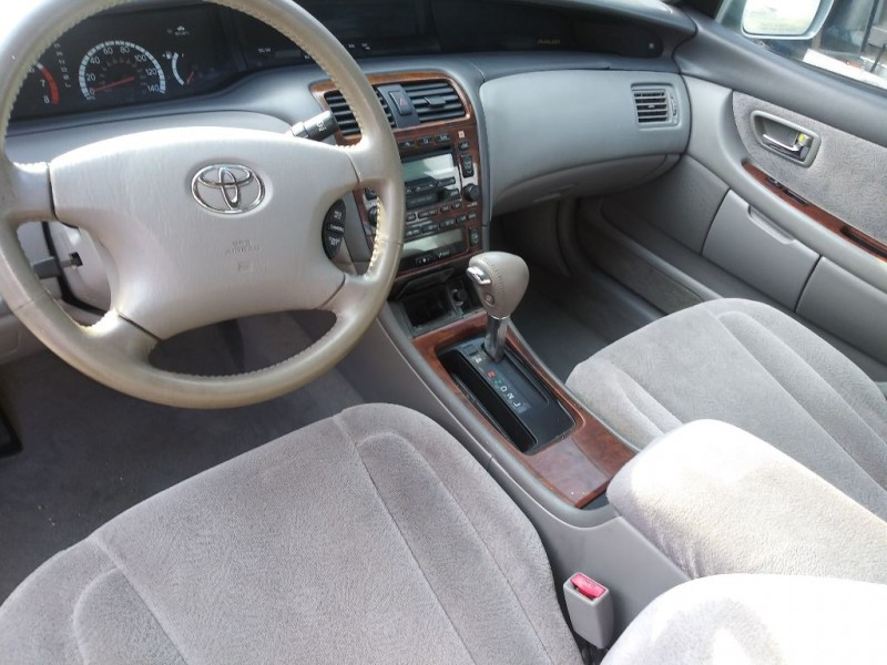 TOYOTA AVALON 2002 price $5,995
