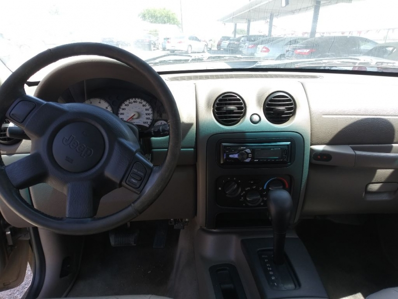 JEEP LIBERTY 2004 price $5,995