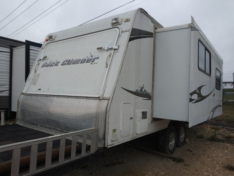 TRAIL LIGHT RV 2005 price Call for Pricing.