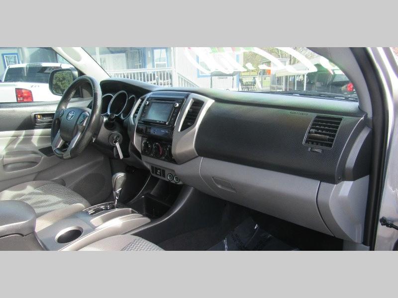 Toyota Tacoma 2014 price $21,950