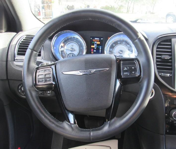 2014 Chrysler 300 4dr Sdn 300S RWD - Inventory | E & E ...