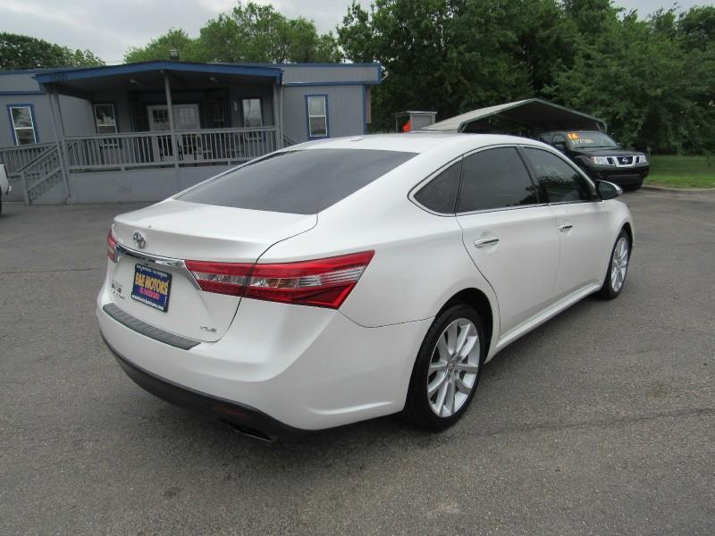 Toyota Avalon 2013 price $14,950