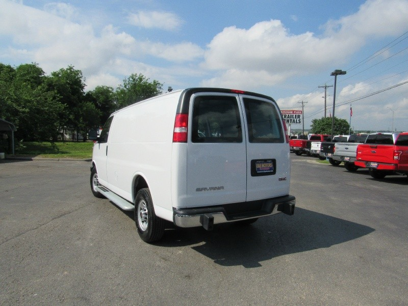 GMC Savana Cargo Van 2017 price $21,950