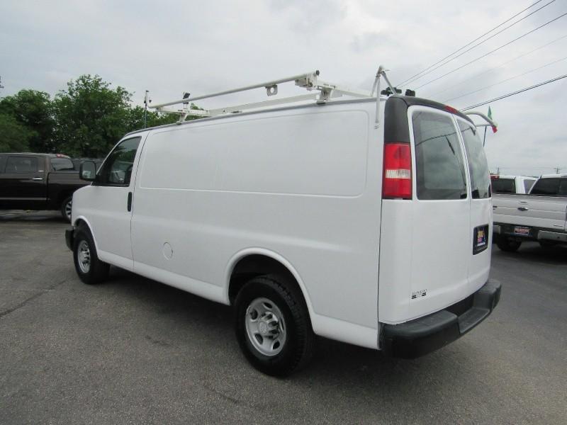 Chevrolet Express Cargo Van 2007 price $8,950