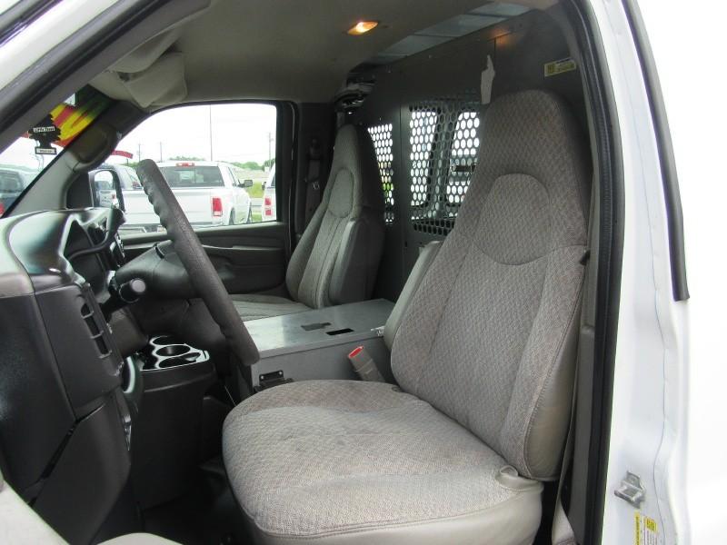 Chevrolet Express Cargo Van 2007 price $9,950