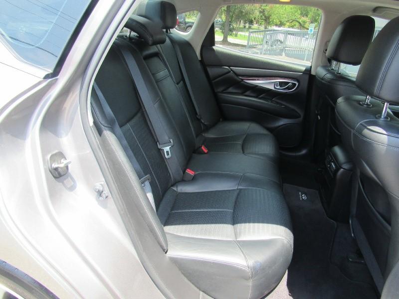 Infiniti M37 2012 price $16,950