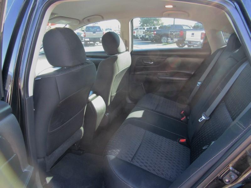 Nissan Altima 2016 price $16,950