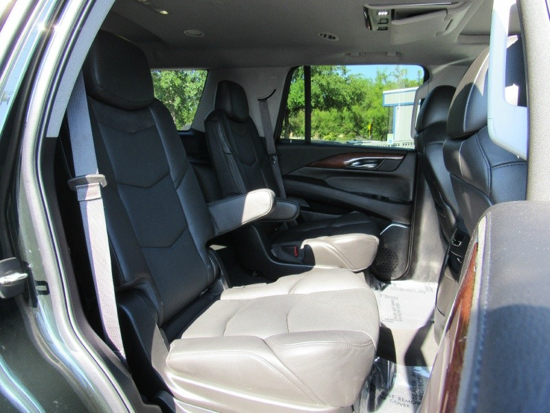 Cadillac Escalade 2016 price $46,950