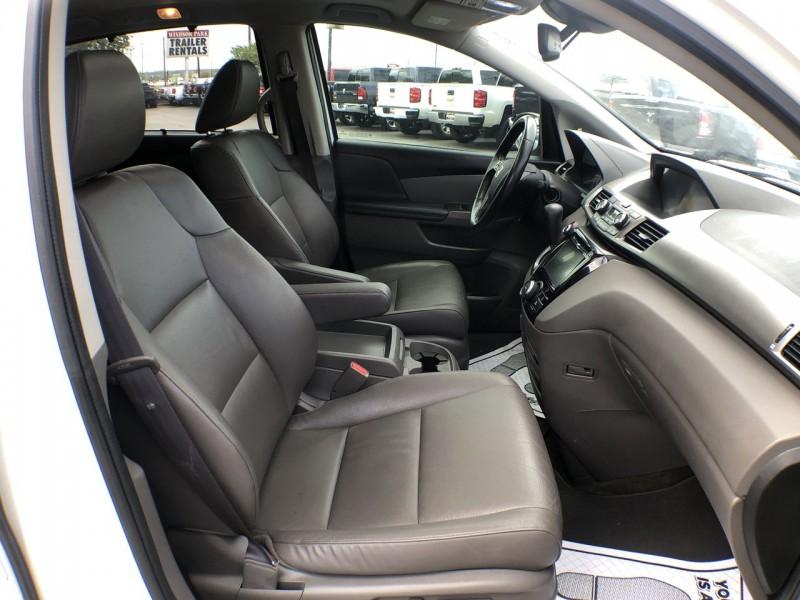 Honda Odyssey 2015 price $18,950