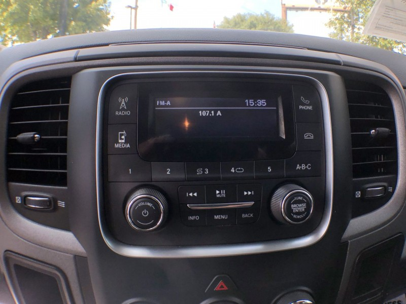 Dodge Ram 2500 2018 price Call for Pricing.