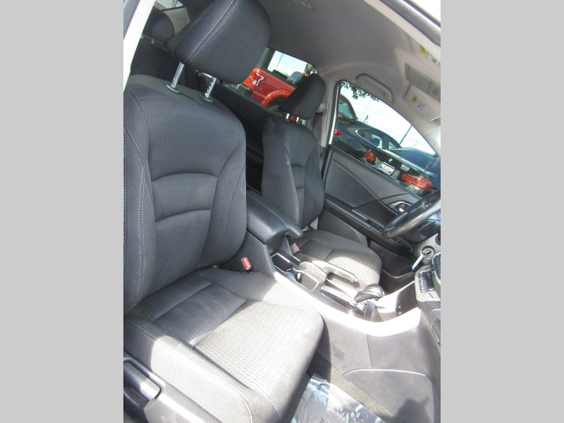 Honda Accord Sdn 2013 price $12,950