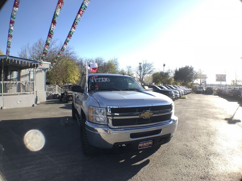 Chevrolet Silverado 2500HD 2013 price Call for Pricing.