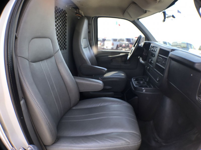 Chevrolet Express Cargo Van 2011 price $8,950