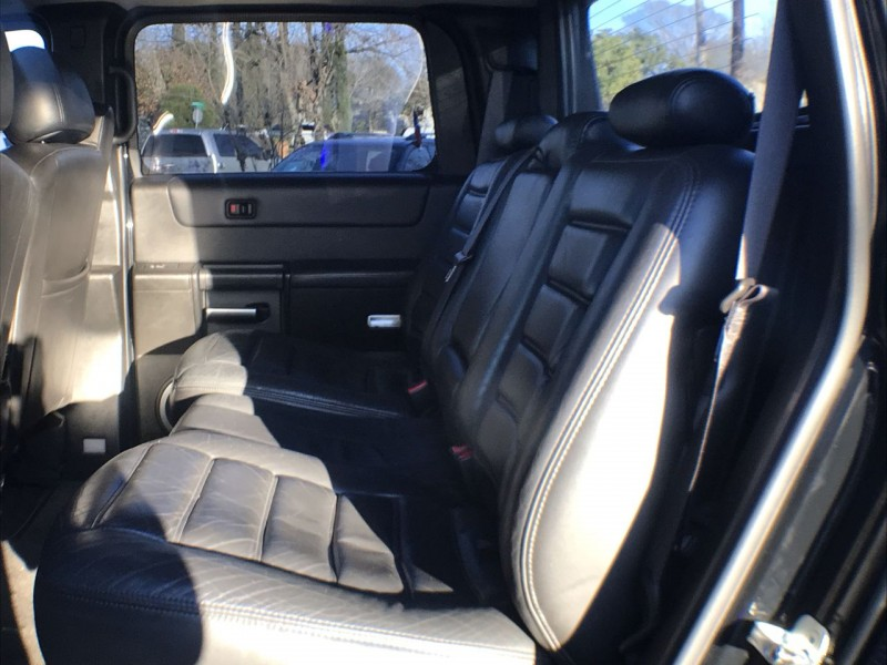 Hummer H2 2005 price $26,950