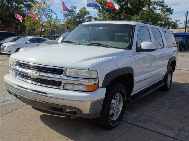 2001 Chevrolet Suburban, Super Clean, Well Maintained, Runs Smooth!