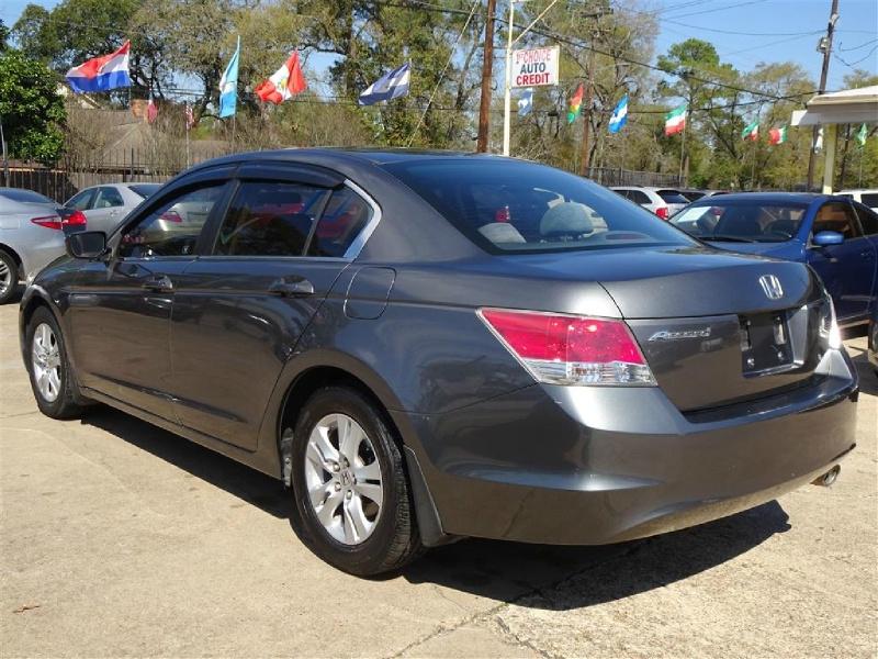 Honda Accord 2010 price $10,995
