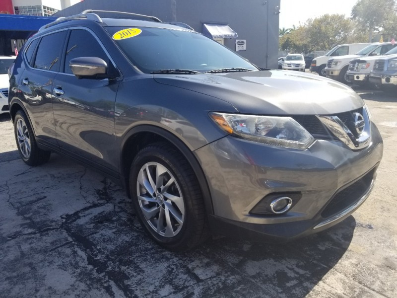 Nissan Rogue 2015 price $8,995