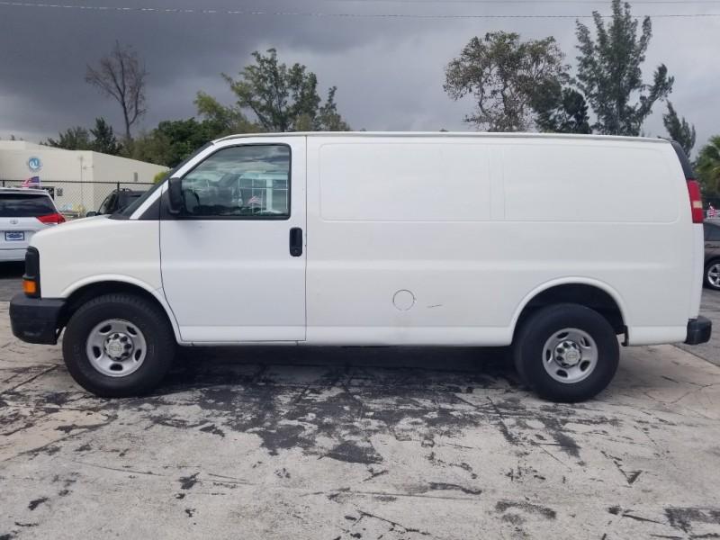 Chevrolet Express Cargo Van 2007 price $5,995