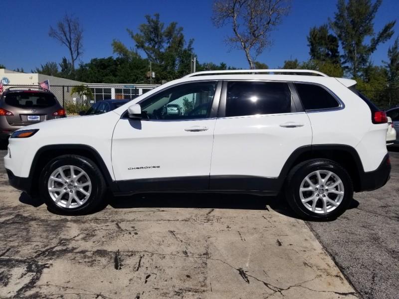 Jeep Cherokee 2016 price $12,990