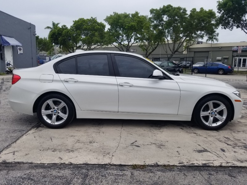 BMW 3-Series 2015 price $11,995