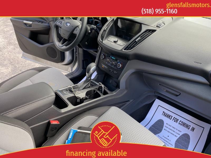 Ford Escape 2019 price $19,152