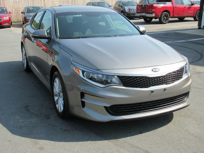 Kia Optima 2016 price $9,995