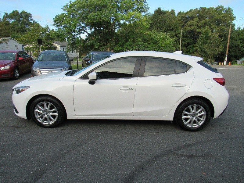 Mazda 3 2014 price $11,995