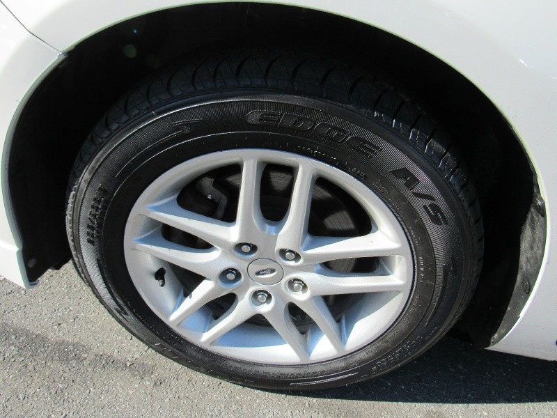 Ford Fusion 2011 price $5,495