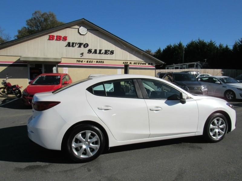 Mazda 3 2015 price $10,495