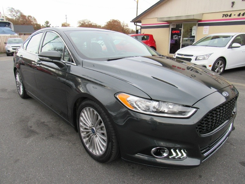 Ford Fusion 2015 price $12,995