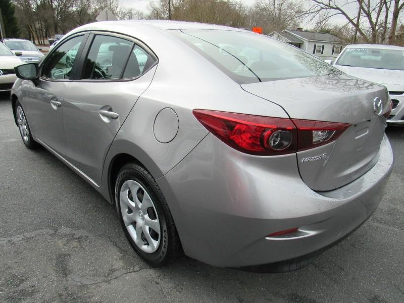 Mazda 3 2015 price $8,995