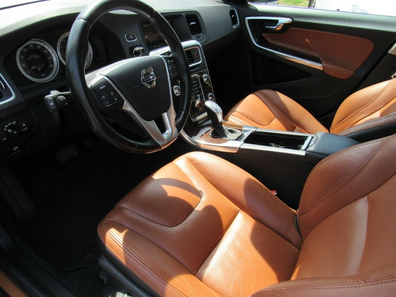 Volvo S 60 2013 price $11,995