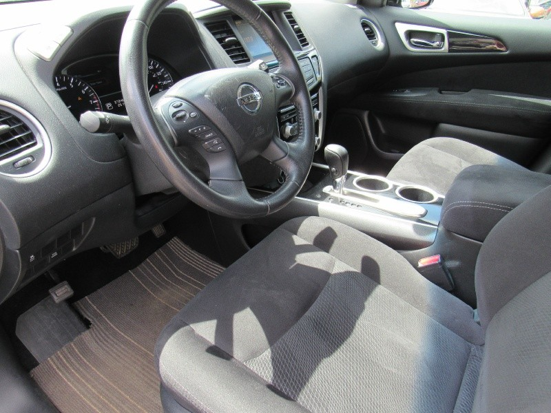 Nissan Pathfinder 2014 price $14,995
