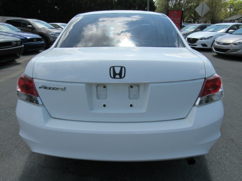 Honda Accord 2009 price $5,995