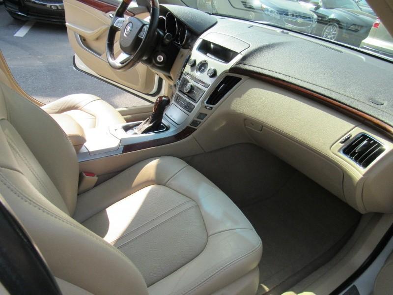 Cadillac CTS Sedan 2011 price $9,495