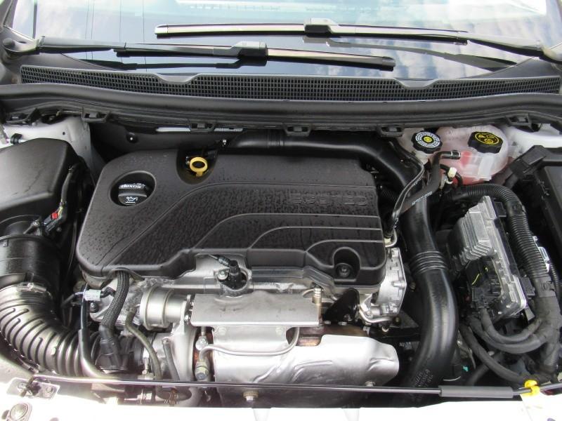 Chevrolet Cruze 2018 price $10,495