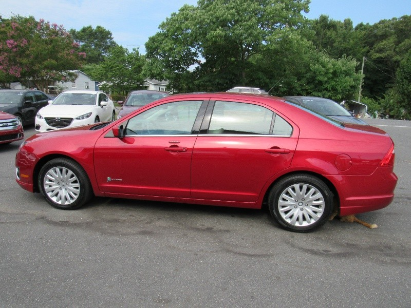 Ford Fusion 2012 price $7,495