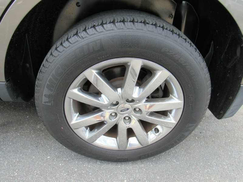 Ford Edge 2013 price $9,495