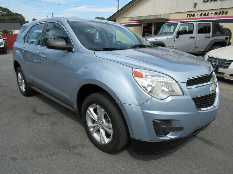 Chevrolet Equinox 2015 price $8,995
