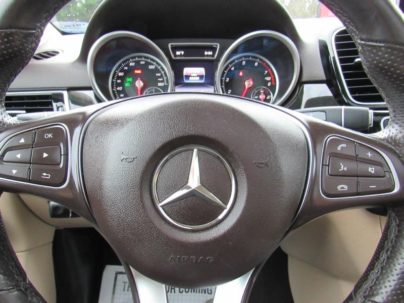 Mercedes-Benz G-Class 2016 price $22,995