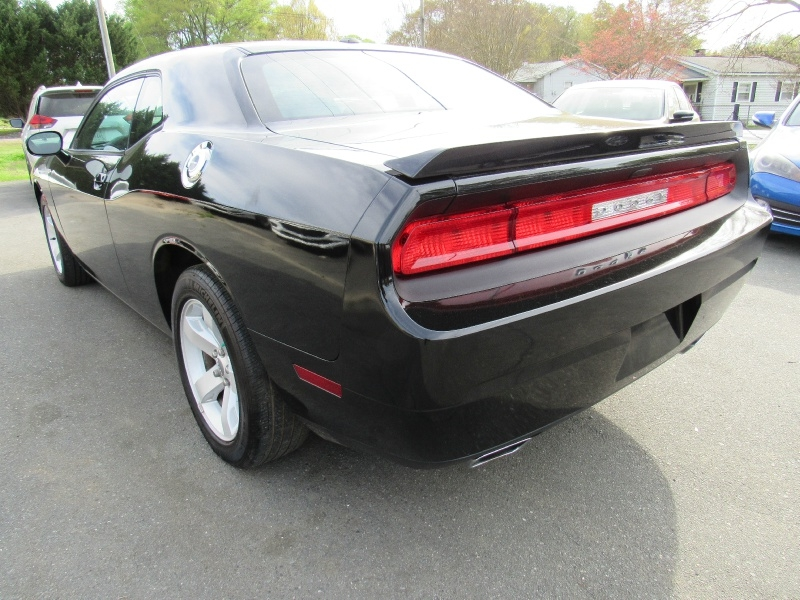 Dodge Challenger 2014 price $14,995