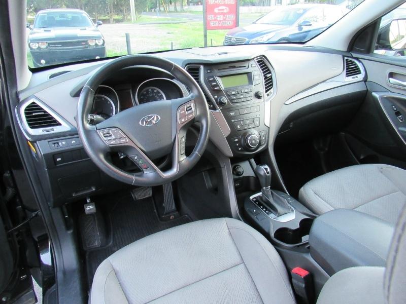 Hyundai Santa Fe 2013 price $12,495