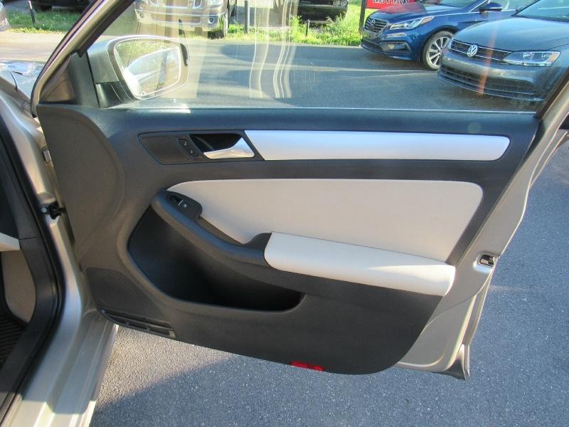 Volkswagen Jetta Sedan 2014 price $6,900