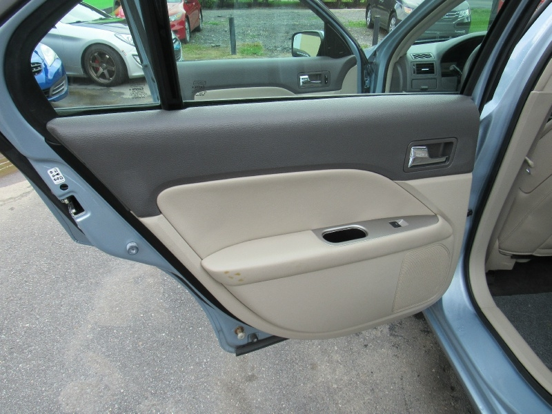 Ford Fusion 2010 price $6,999