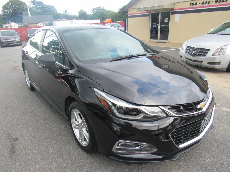 Chevrolet Cruze 2016 price $8,995