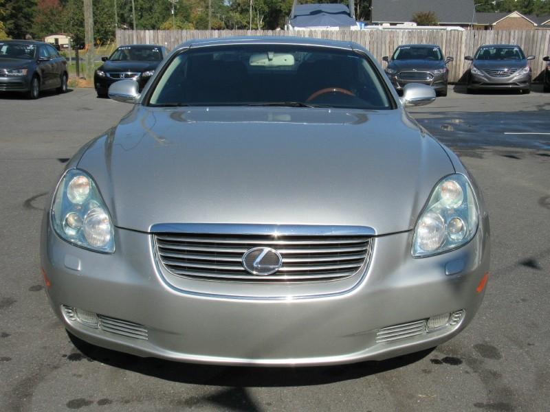 Lexus SC 430 2005 price $7,995