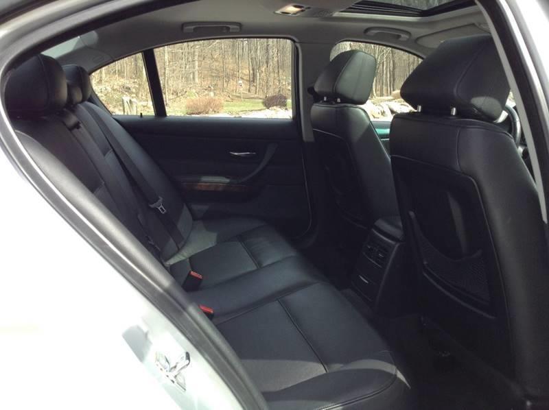 BMW 3 Series 2007 price $3,995
