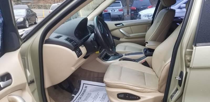 BMW X5 2001 price $1,995
