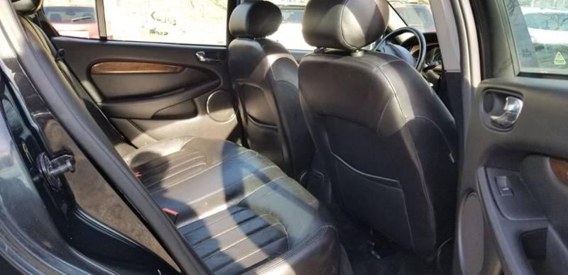 Jaguar X-Type 2002 price $1,995